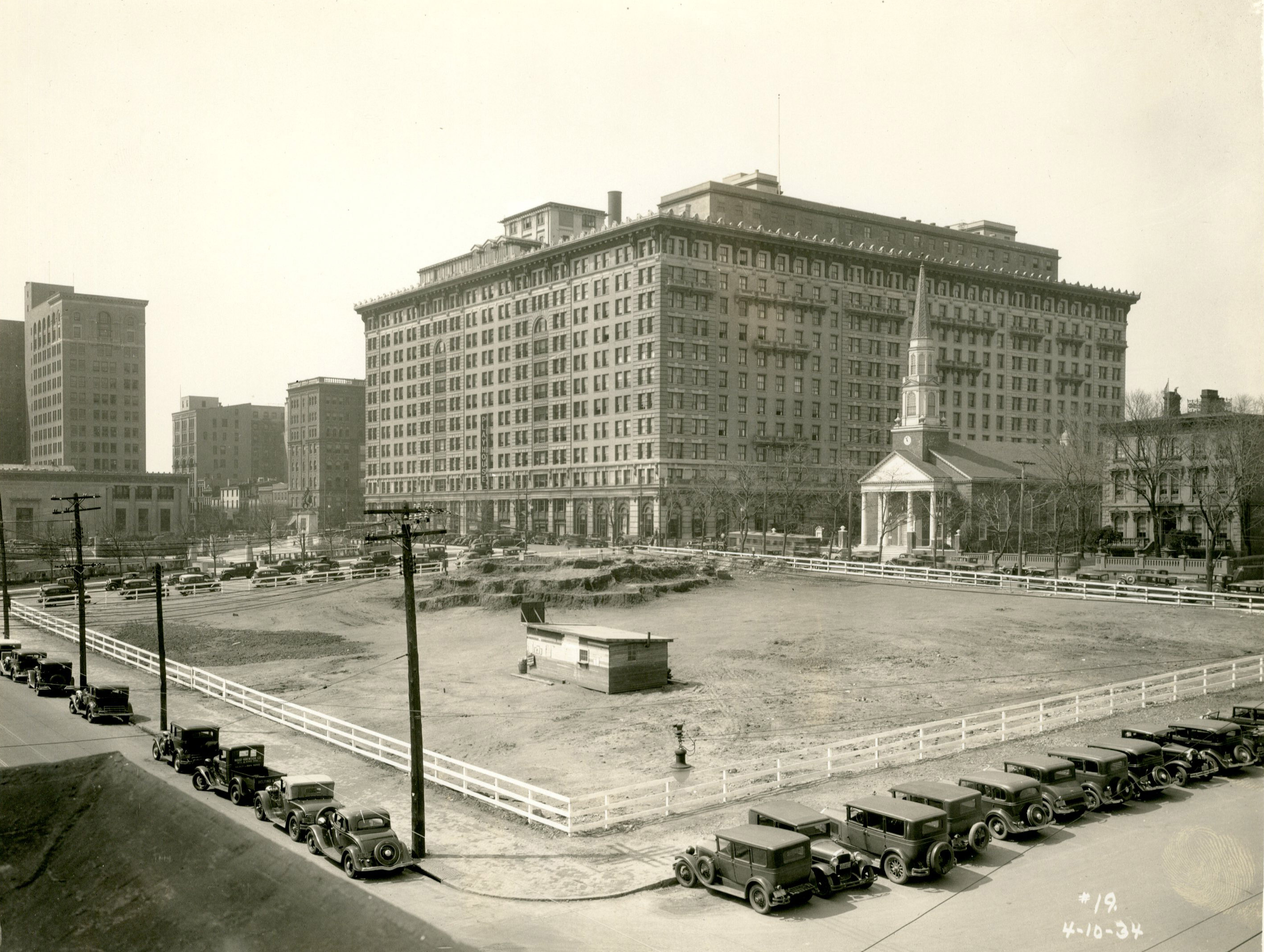 Picture of Hotel Dupont from 1934